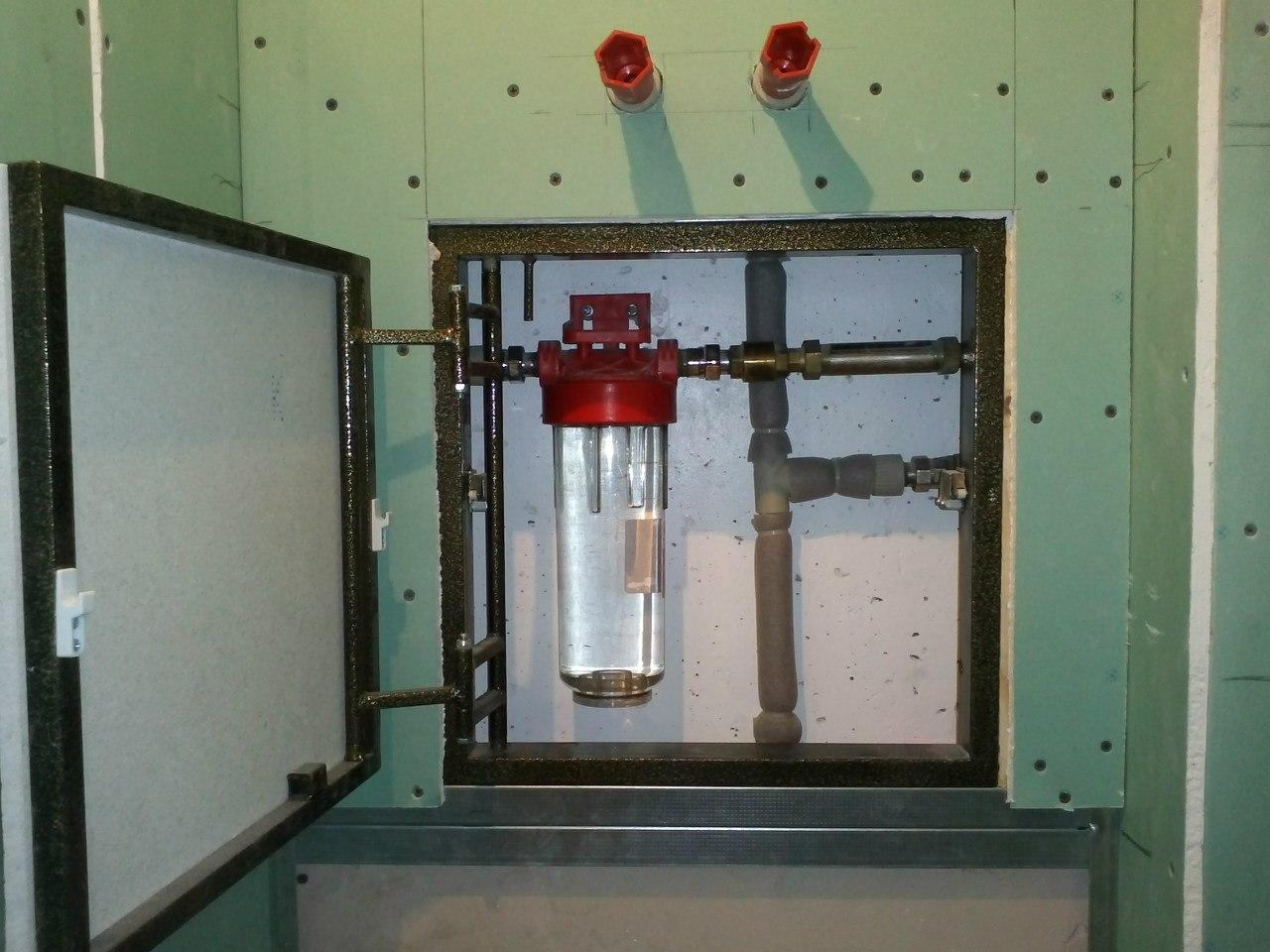 сантехнический люк в квартире